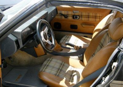 Triumph-TR8-Convertible--3